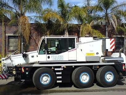 55T-City-Crane | Fullers Mobile Cranes